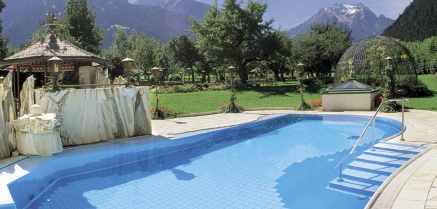 Hotel Neuhaus, Mayrhofen, Austria - Outdoor pool area.jpg